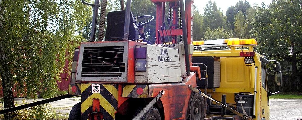 Přeprava strojů a techniky
